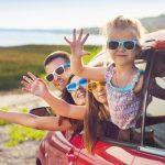 Come prendersi cura degli apparecchi acustici in vacanza