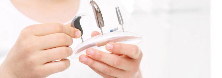 Come scegliere gli apparecchi acustici